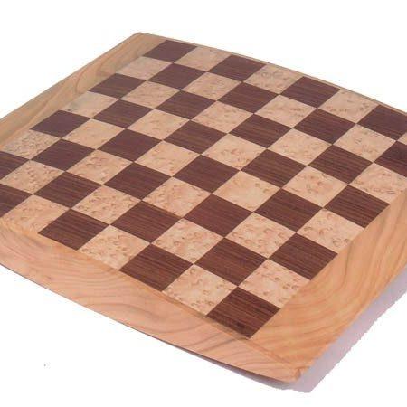 Échiquier en bois
