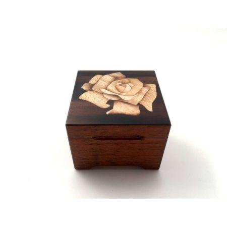 """Coffret à bijoux - marqueterie """"rose blanche"""" C27"""