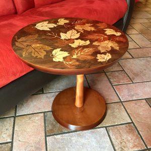 """Table d'appoint en marqueterie """"feuilles d'automnes"""" réf 1"""